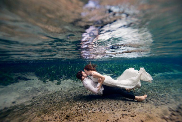Underwater bridal photoshoot at kelly rock springs