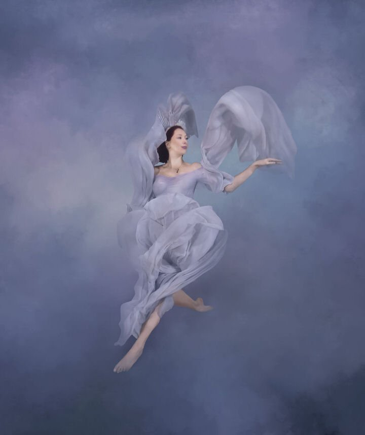 Underwater maternity fine art image in clouds - Water bear photography underwater photographer in gainesville florida