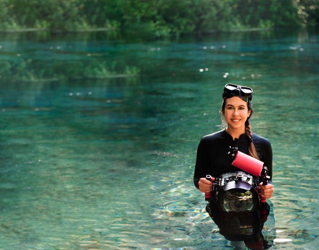 underwater portrait photographer kimber greenwood of water bear photography